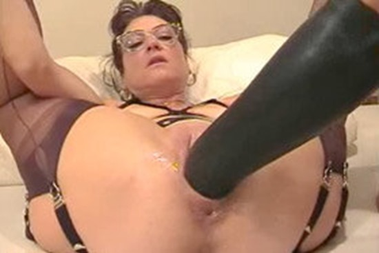 sicflics-horny-housewife